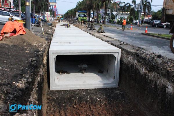 Boulevard Hijau Harapan Indah